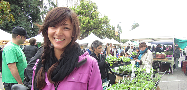 Farmers' Markets are a family-friendly place to shop!